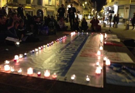 Les Veilleurs à Montpellier : calme et prière contre vociférations et préjugés