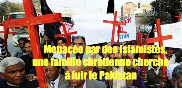 Famille chrétienne menacée de mort cherche à fuir à l'étranger Pakistan-Christians-Protest-620x300