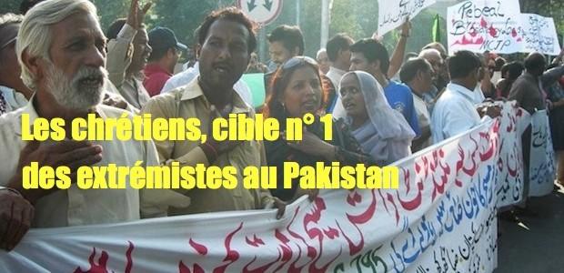 Pakistan: les chrétiens privilégiée des extrémistes Pakistan-manif-chretiens-620x300