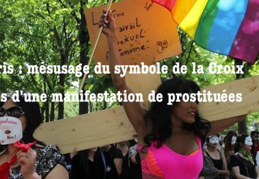 Paris : mésusage du symbole de la Croix dans une manifestation