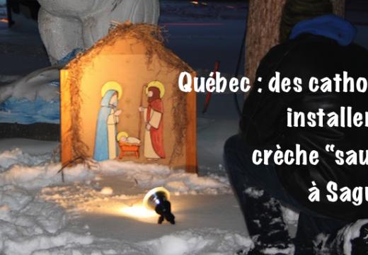 """Québec : une crèche """"sauvage"""" installée sur une place de Saguenay"""