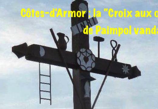 Côtes-d'Armor : une croix de carrefour vandalisée à Paimpol